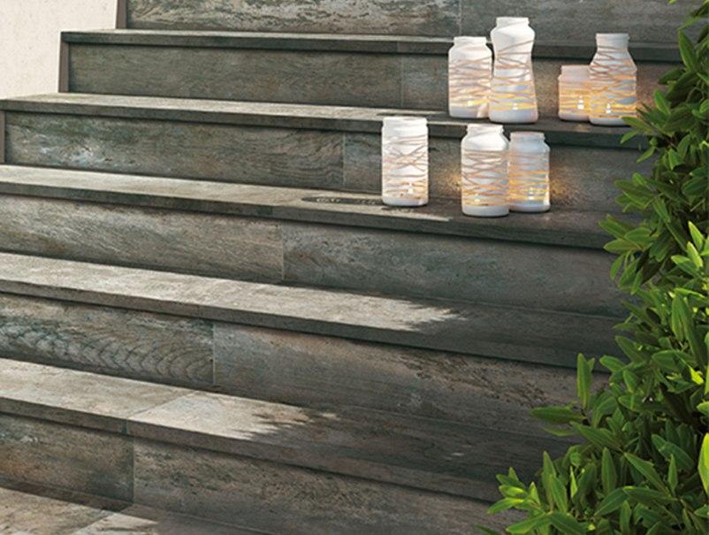 Pavimenti effetto legno piastrelle in gres interno ed for Piastrelle per scale esterne
